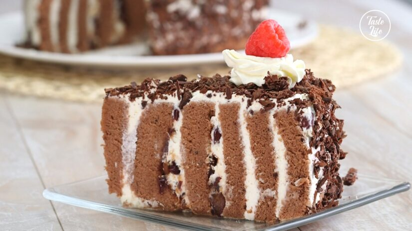 Black Forest Cake with Honey Red Bean Fillings