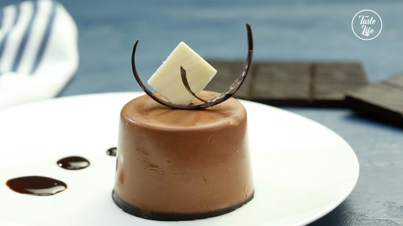 No-Bake Chocolate Mousse Cup