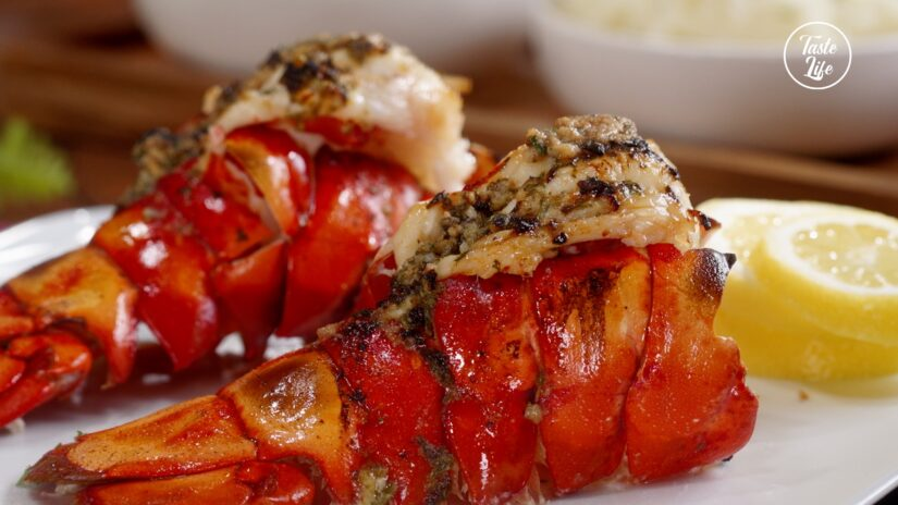 Broiled Lobster Tails With Dipping Sauce