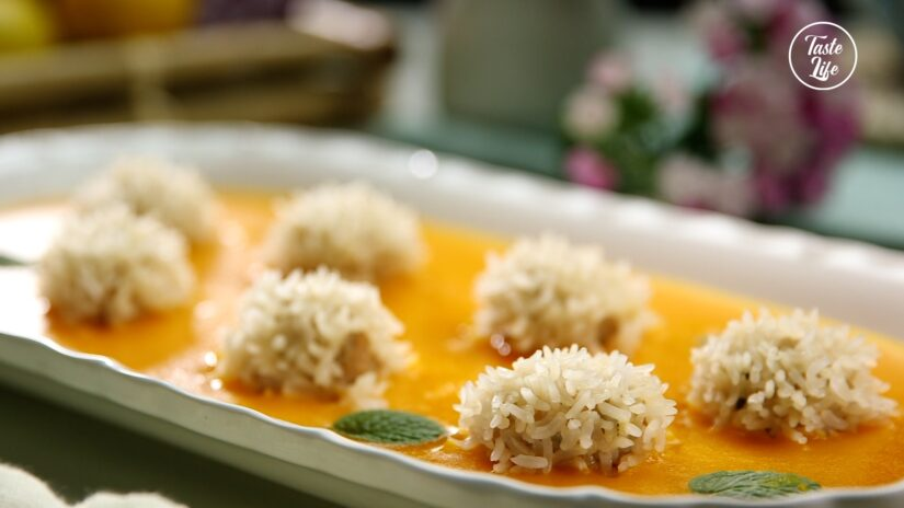 Pearl Meatballs with Pumpkin Soup