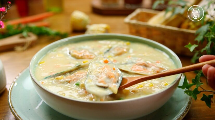 Corn Mussel Soup