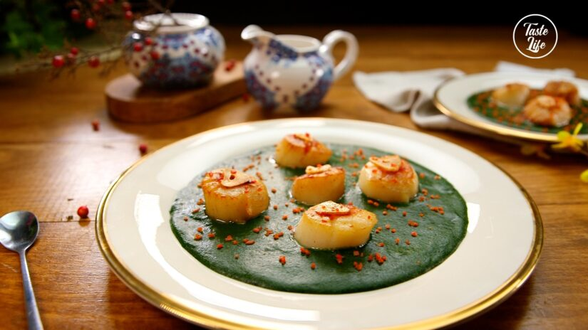 Scallops With Spinach Sauce