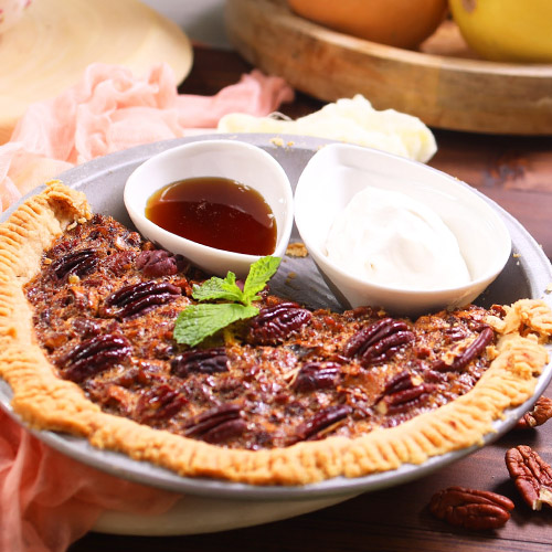 Flaky Crust Pecan Pie With Whipped Cream