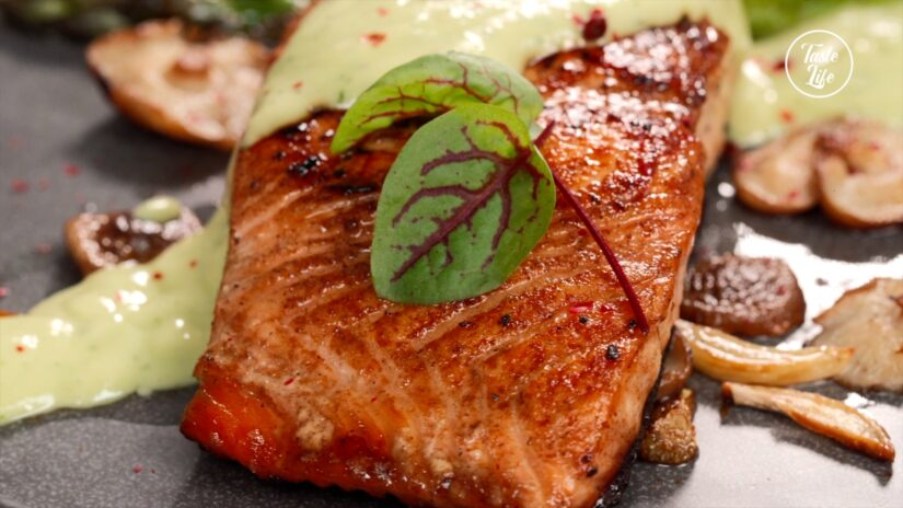 Salmon and Vegetable With Avocado Sauce