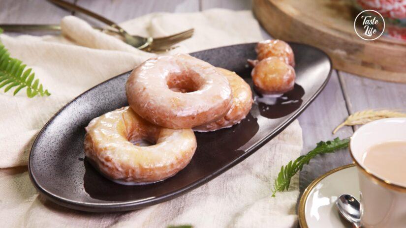 Sour Cream Cake Donuts