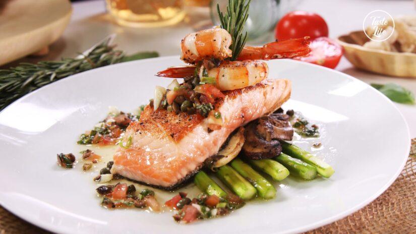 Fresh Salmon With Asparagus, Wild Mushrooms, and Niçoise Sauce